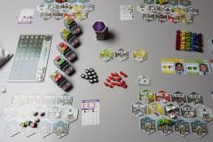 jeudice_alley_cat_games_super_meeple_dice_hospital_1