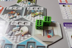 jeudice_alley_cat_games_super_meeple_dice_hospital_6