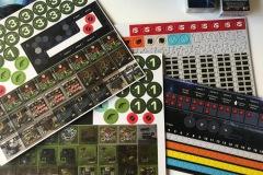 Jeudice - La boite de jeu - Ninth Haven Games - Dinogenics